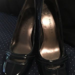 Marc Fisher Patton leather heels. Size 6